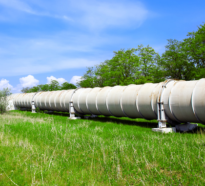 Industrial pipe with fuel gas and oil