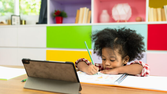 a child participating in virtual learning